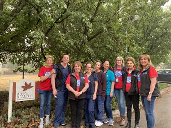ANMF staff and executive joined other members in volunteering at Alpine Health