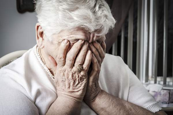 Research finds almost 37 per cent of aged care residents taken to EDs, admitted to hospital